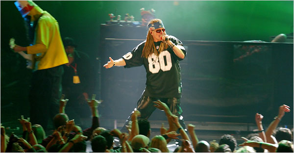 e341c2f98c7 How Axl Rose Spent All That Time   Manasir53's Blog